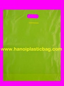 Die cut handle bags with top fold