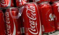 Cola Soft Drinks / Soft Drinks for sale / Carbonated Drinks