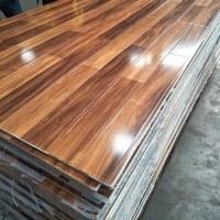 7mm/8mm/12mm laminated wooden flooring
